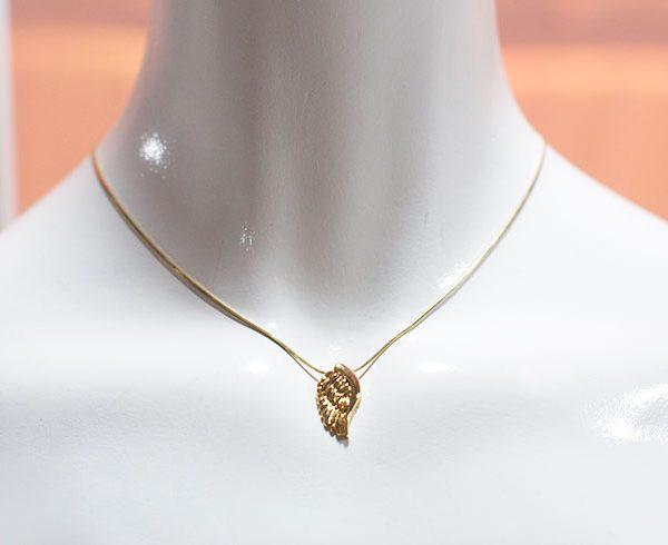pieza-unicas-brabata-coleccion-icaro-collar-una-ala-pequena