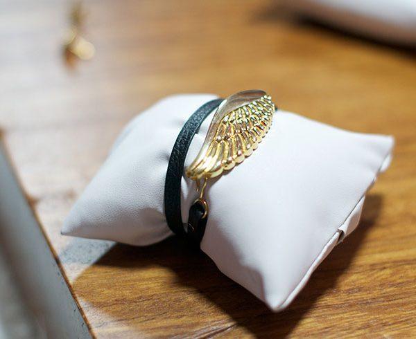 pieza-unicas-brabata-coleccion-icaro-pulsera-piel-negro