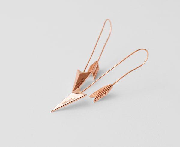 pieza-unicas-brabata-coleccion-flechas-aretes-largos