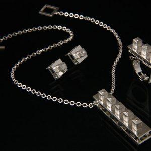 edith-brabata-piezas-unicas-coleccion-cube