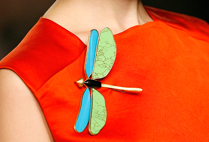 edith-brabata-coleccion-lemoniez-broche-libelula