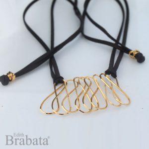 coleccione-garabatos-brabata-collar-piel